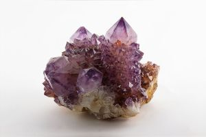1024px-Amethyst._Magaliesburg,_South_Africa